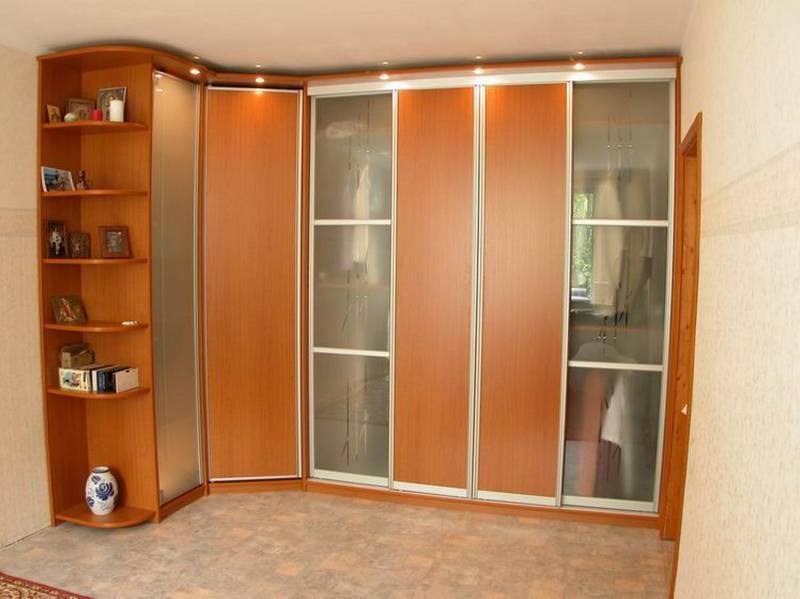фото угловые шкафы и угловые шкафы-купе